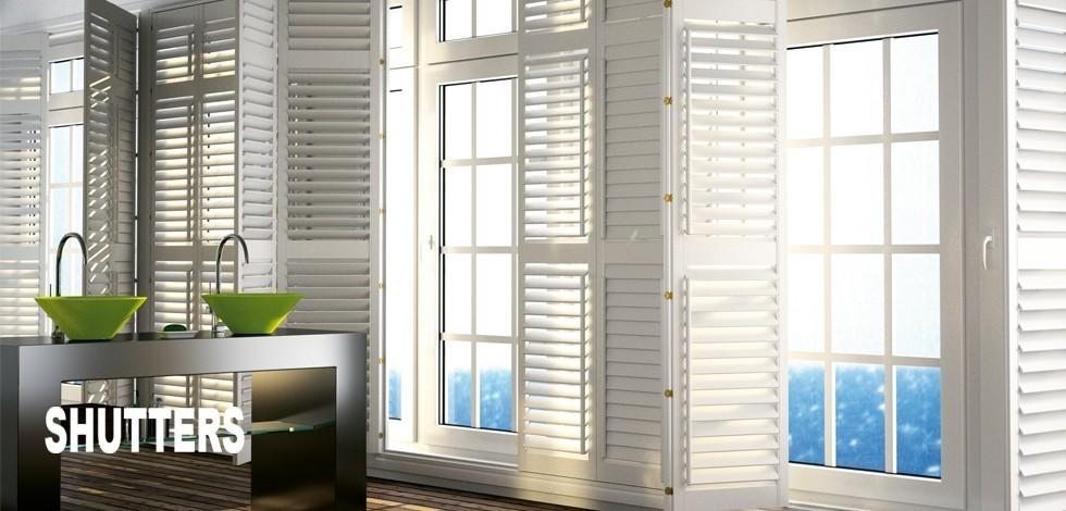 Fustablinds luxmader persianas de madera venecianas de for Puertas venecianas